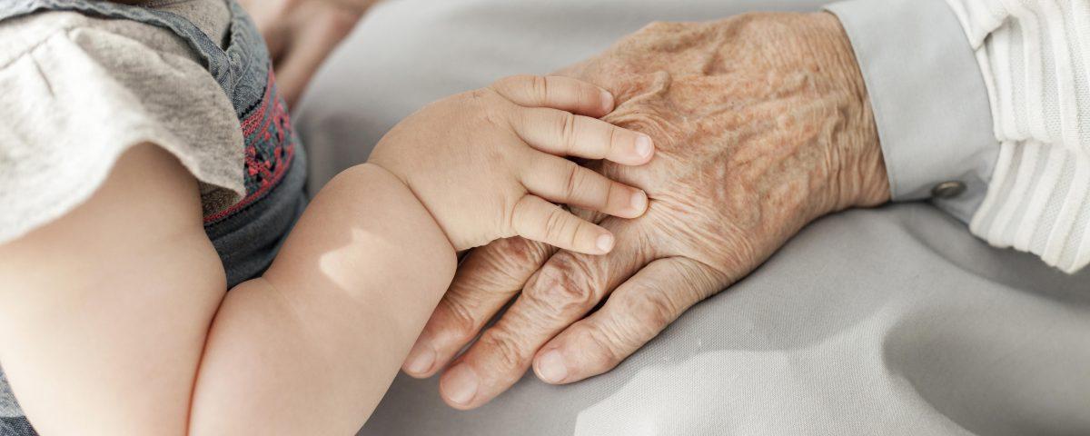 Bebé e avô
